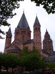 mainz_cathedral_germany_016706