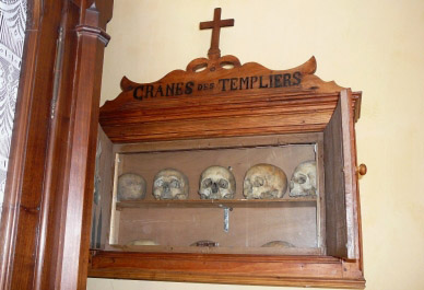 gavarnie-templar-skulls