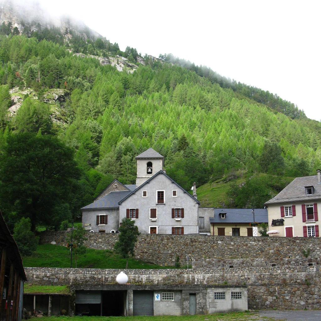 gavarnie_church
